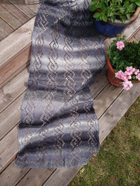 Idas spetsstickade sjal